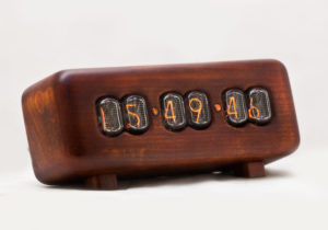 plane nixie clock
