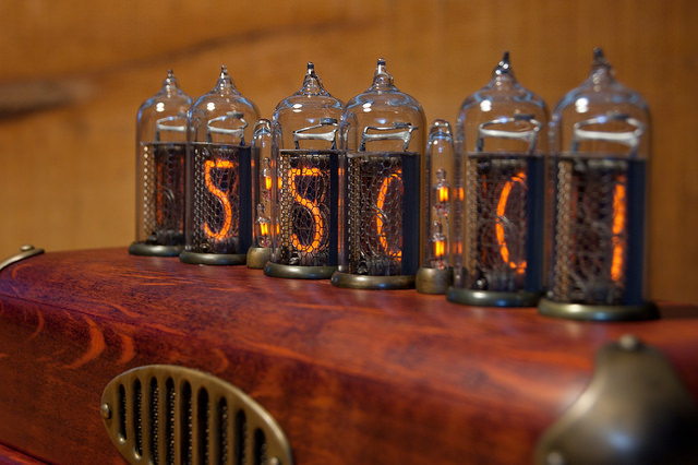Steampunk vacuum tube clock